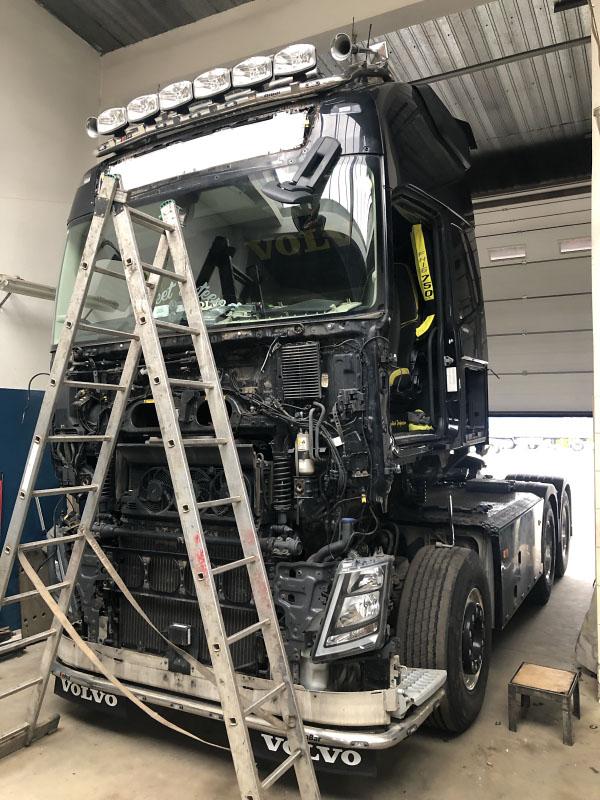 Renowacja samochodu ciężarowego Volvo